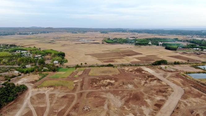 Cận cảnh khu đất ở Bà Rịa - Vũng Tàu đang bị kiểm tra vì bán đất nền kiểu Alibaba - Ảnh 14.