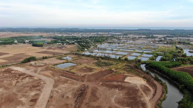 Cận cảnh khu đất ở Bà Rịa - Vũng Tàu đang bị kiểm tra vì bán đất nền kiểu Alibaba - Ảnh 28.