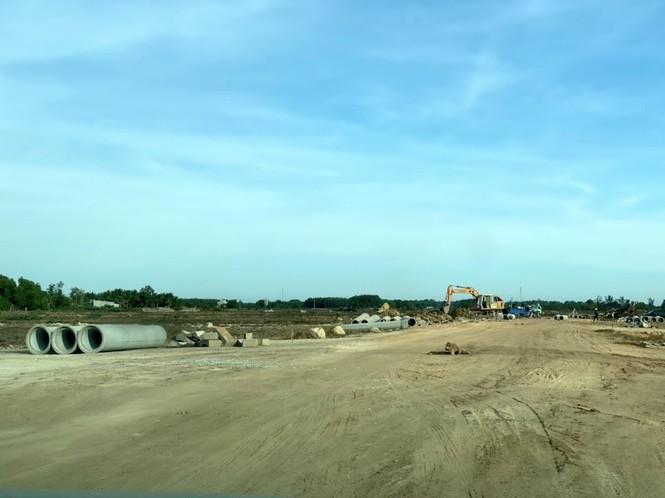 Cận cảnh khu đất ở Bà Rịa - Vũng Tàu đang bị kiểm tra vì bán đất nền kiểu Alibaba - Ảnh 38.