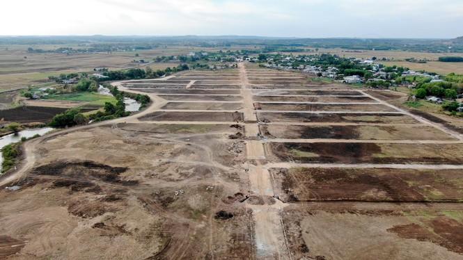 Cận cảnh khu đất ở Bà Rịa - Vũng Tàu đang bị kiểm tra vì bán đất nền kiểu Alibaba - Ảnh 6.