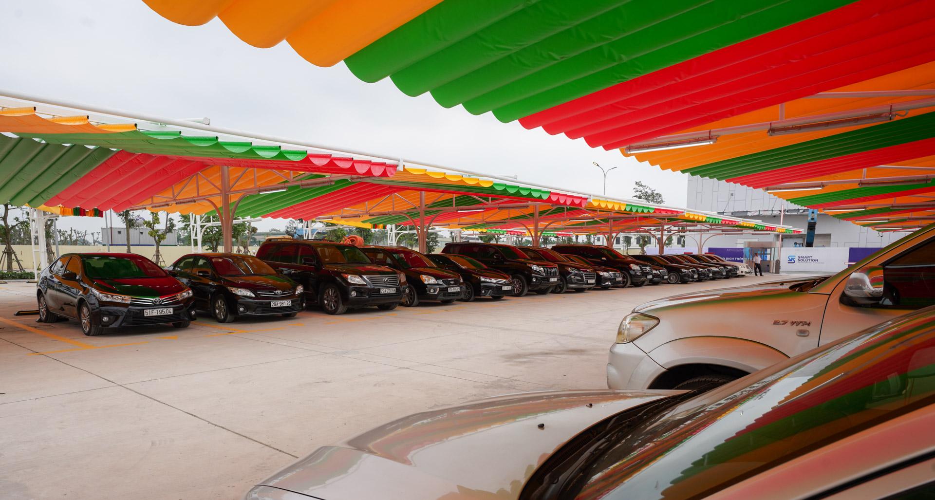 Giới kinh doanh ô tô nhận định gì về chương trình đổi cũ lấy mới của VinFast? - Ảnh 1.