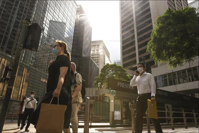 Bất động sản Hong Kong và Singapore lao dốc, kéo tụt thị trường châu Á - Ảnh 2.