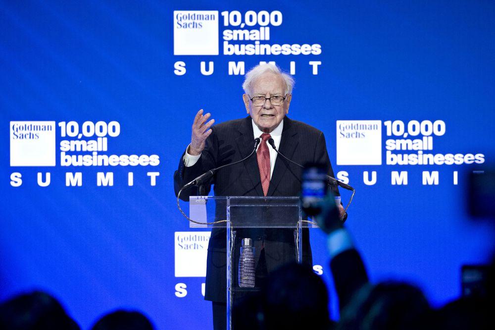Đến cả Goldman Sachs cũng không khiến Warren Buffett vừa lòng, nhà đầu tư nên bắt đầu thấy lo lắng? - Ảnh 1.