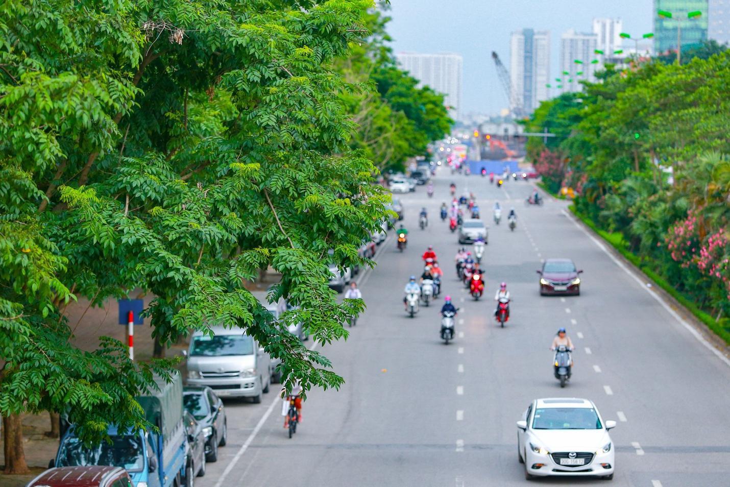 Cận cảnh 5 tuyến đường được mệnh danh đắt nhất hành tinh ở Hà Nội - Ảnh 7.