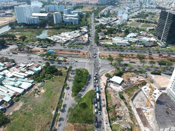 'Cú thúc' hạ tầng cho khu Nam - Ảnh 1.