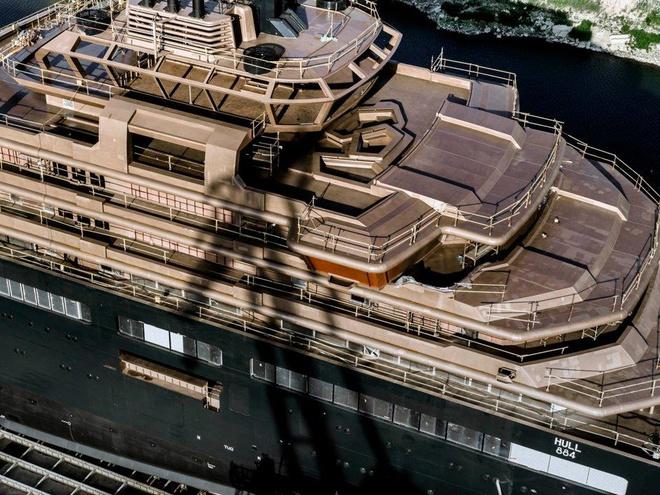 Tỷ phú dầu mỏ đóng du thuyền lớn nhất hành tinh - Ảnh 7.