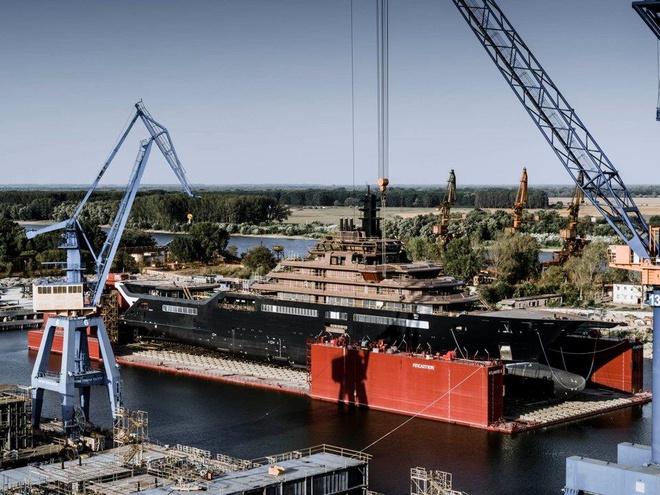 Tỷ phú dầu mỏ đóng du thuyền lớn nhất hành tinh - Ảnh 4.
