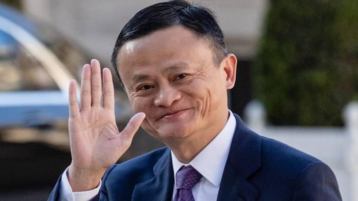 Vừa mất ngôi giàu nhất Trung Quốc, Jack Ma chia tay SoftBank sau 13 năm gắn bó - Ảnh 2.