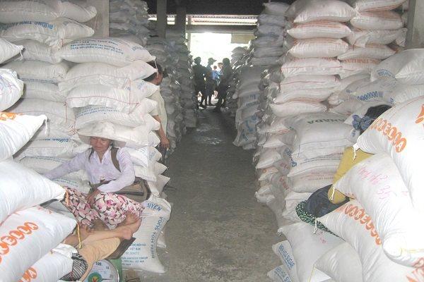 Vừa 'xù' kí hợp đồng, lại trúng thầu gạo dự trữ quốc gia - Ảnh 1.