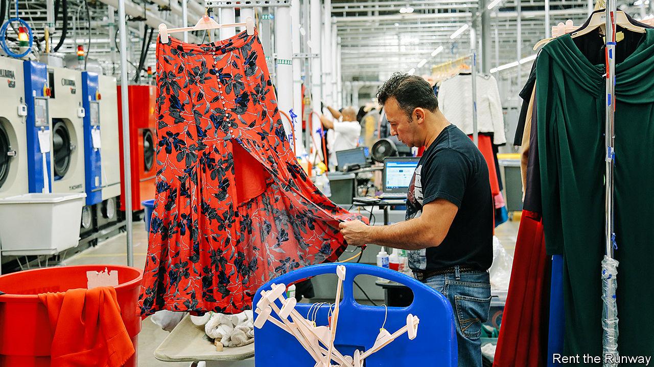 Những công ty ra đời để trang phục không bị vứt quá sớm, và lợi nhuận của họ khiến mọi người phải ghen tị - Ảnh 2.