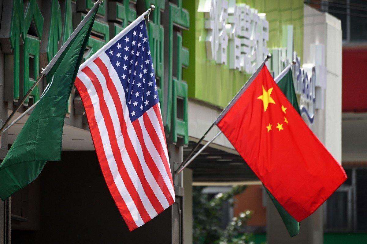 Chủ nghĩa dân tộc lên ngôi, người Mỹ tẩy chay hàng Trung Quốc, đất nước tỉ dân lắc đầu trước nhãn 'Made in USA' - Ảnh 1.