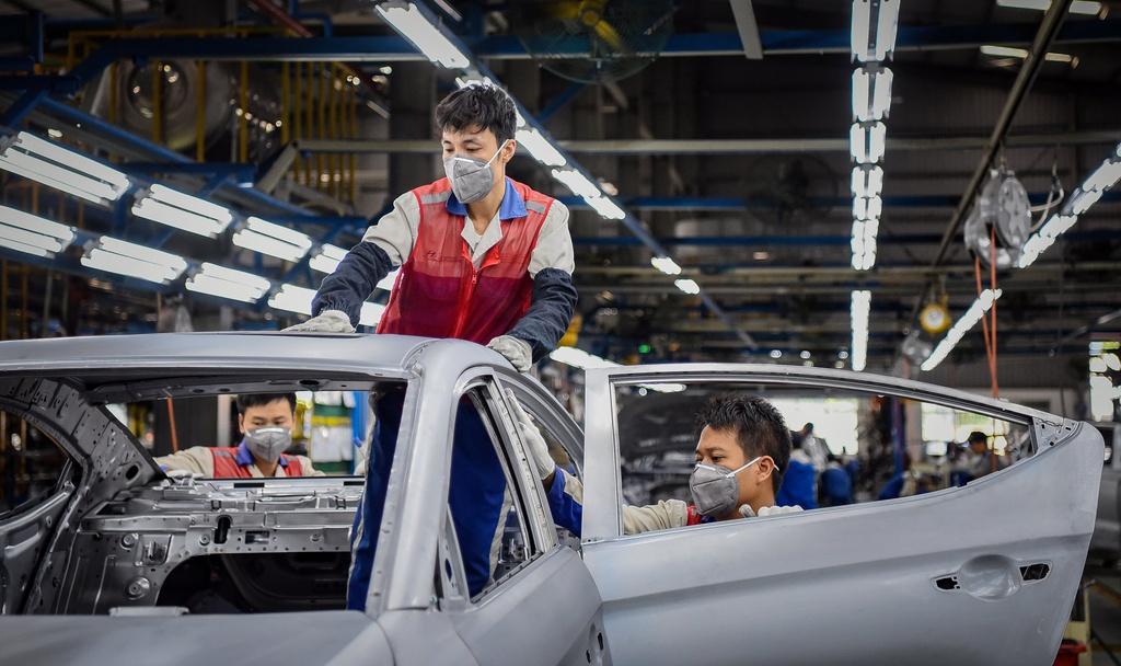 'Giữa bão kinh tế toàn cầu, người lao động là lợi thế của Việt Nam' - Ảnh 2.