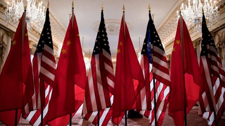 Doanh nghiệp Trung Quốc gặp khó với đạo luật Thượng viện Mỹ mới thông qua - Ảnh 1.
