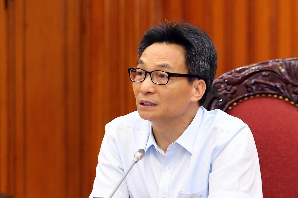 Phó thủ tướng: 'Việt Nam vẫn chưa chiến thắng dịch Covid-19' - Ảnh 1.