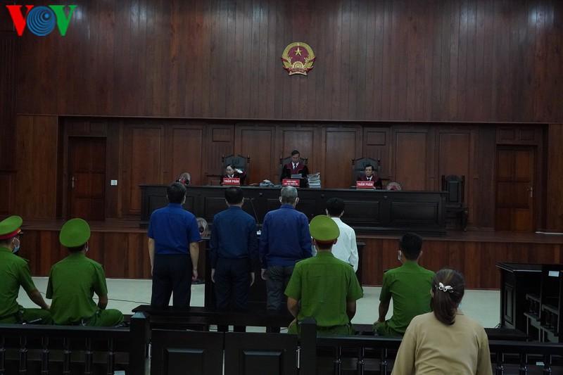 Xử phúc thẩm vụ giao 'đất vàng' tại TP HCM cho Phan Văn Anh Vũ - Ảnh 2.