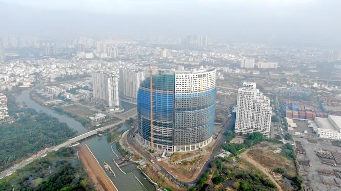 Con đường ven sông trị giá 'tỉ đô' ở Sài Gòn nhìn từ trên cao - Ảnh 2.