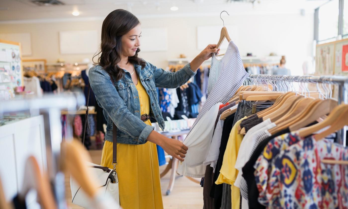 Hiện tượng 'trống đánh xuôi, kèn thổi ngược' trong cam kết bảo vệ môi trường của các thương hiệu thời trang - Ảnh 1.