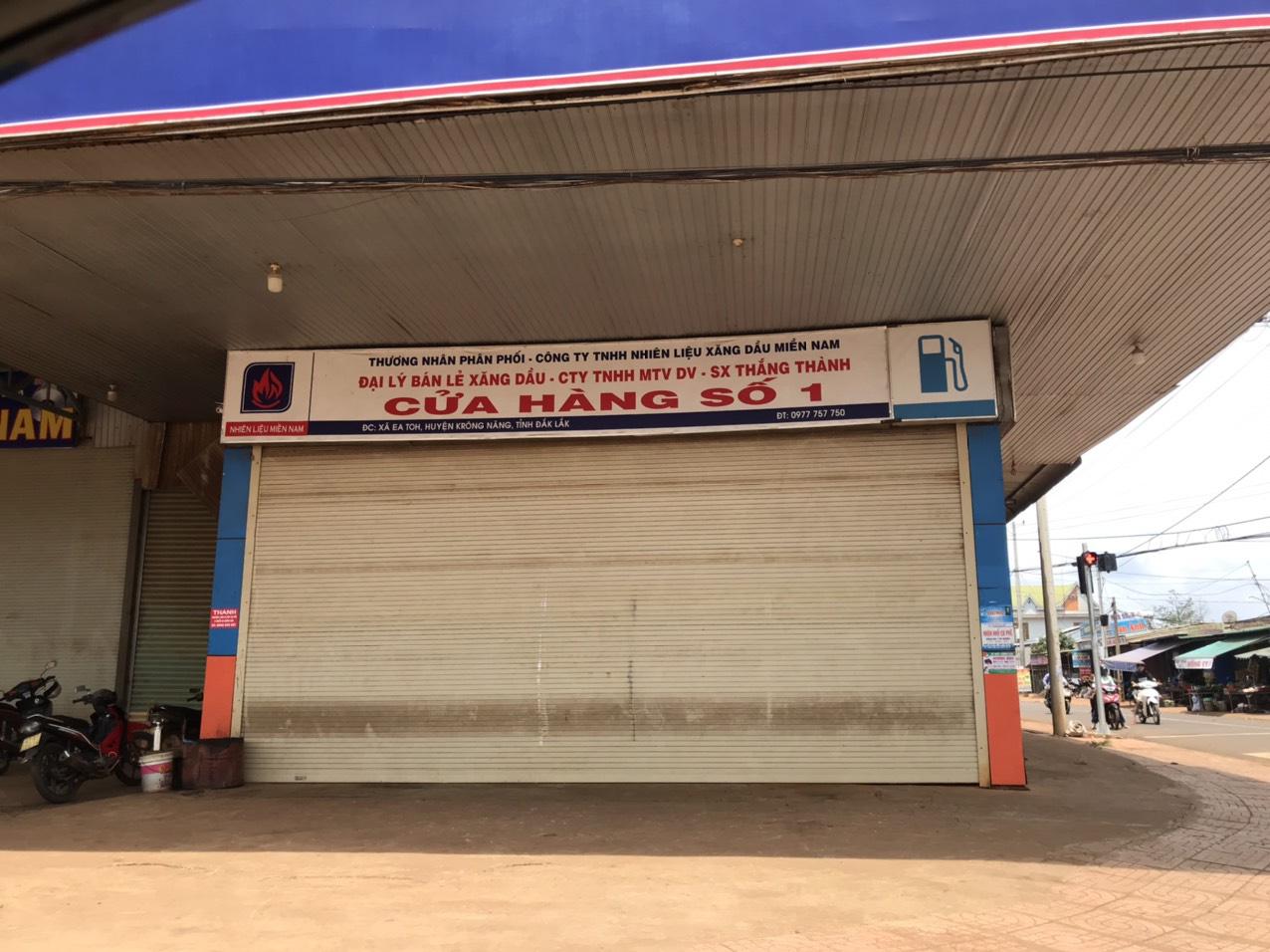 Hàng loạt cửa hàng xăng dầu Đắk Lắk đóng cửa vì hết xăng! - Ảnh 1.