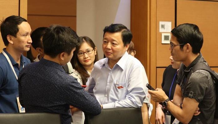 Bộ trưởng Trần Hồng Hà: Tôi chưa thấy cá nhân người nước ngoài nào được cấp giấy chứng nhận quyền sử dụng đất - Ảnh 1.