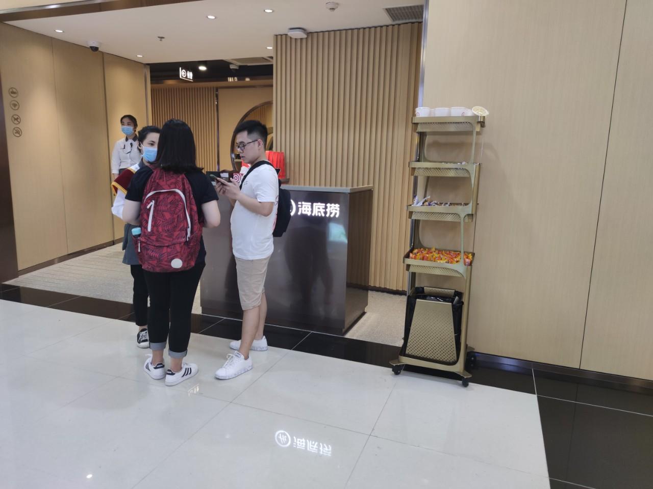 Halidao Hà Nội trước ngày khai trương: Đã mở đón khách, chỉ nhận thanh toán tiền mặt - Ảnh 3.