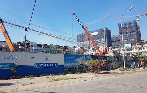 Yêu cầu Sở Xây dựng TP HCM kiểm điểm vì cấp phép xây dựng sai qui định tại dự án SaiGon Skyview - Ảnh 1.
