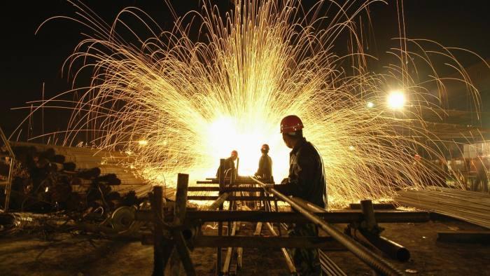 Giá thép xây dựng hôm nay (5/5): Trung Quốc đẩy mạnh sản xuất thép nhờ kì vọng các biện pháp kích thích của chính phủ - Ảnh 1.