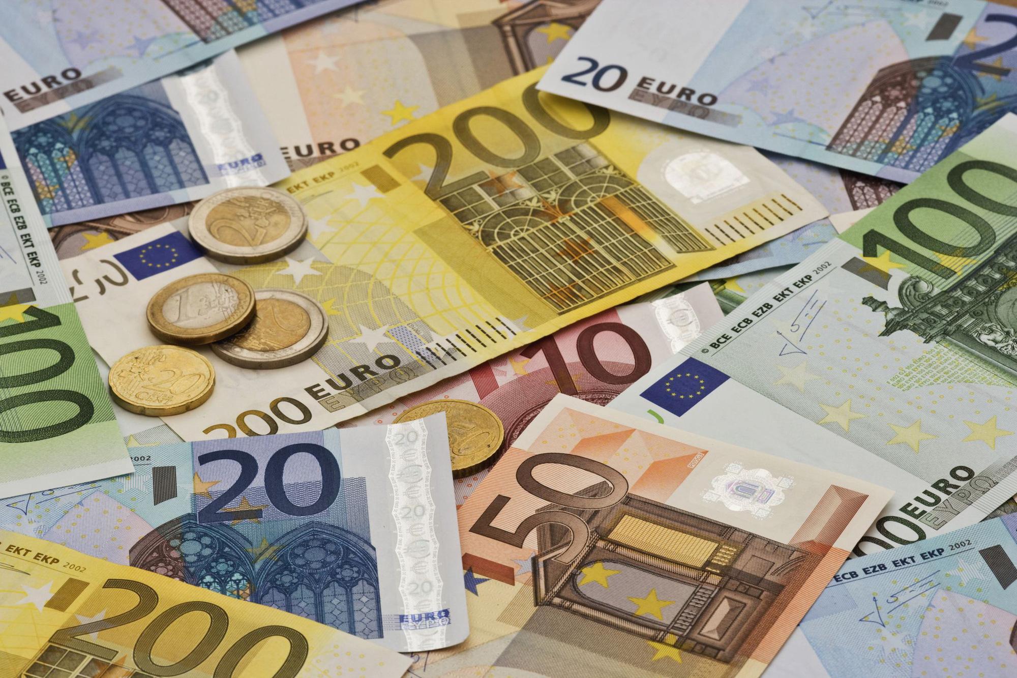 Tỷ giá đồng Euro hôm nay 6/5: Giá Euro trong nước tiếp tục sụt giảm - Ảnh 1.