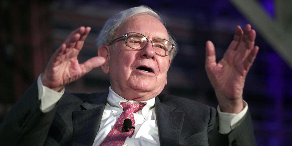 Bảo vệ thương hiệu: Lời khuyên quí giá của Warren Buffett dành cho CEO American Express  - Ảnh 1.