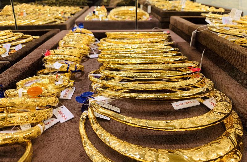 Giá vàng hôm nay 12/6: Quay đầu giảm nhẹ dao động 30.000 - 50.000 đồng/lượng - Ảnh 2.