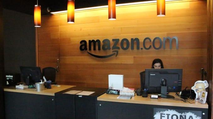 Amazon sẽ mở cửa văn phòng điện toán đám mây cùng tòa nhà với trụ sở của Microsoft - Ảnh 1.