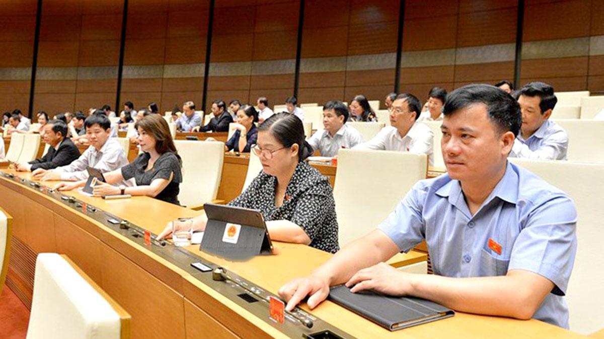 Quốc hội chính thức cấm kinh doanh dịch vụ đòi nợ - Ảnh 1.
