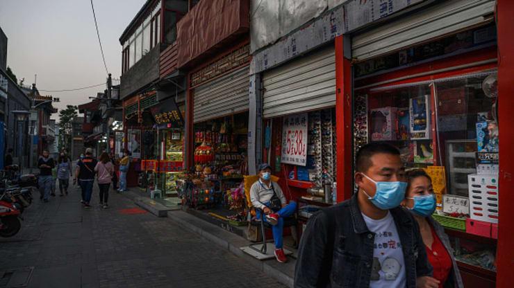 Ổ dịch COVID-19 mới ở Bắc Kinh làm lộ rõ thách thức tăng trưởng kinh tế của Trung Quốc - Ảnh 1.