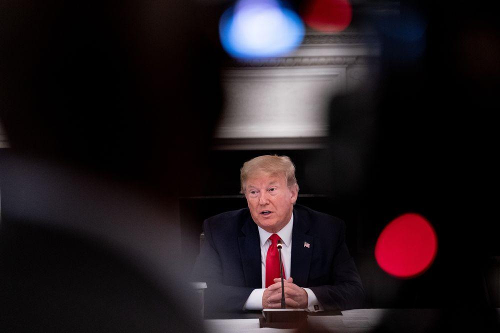 Ông Trump gọi điện mời Tổng thống Putin tham dự cuộc họp Nhóm G7 - Ảnh 1.