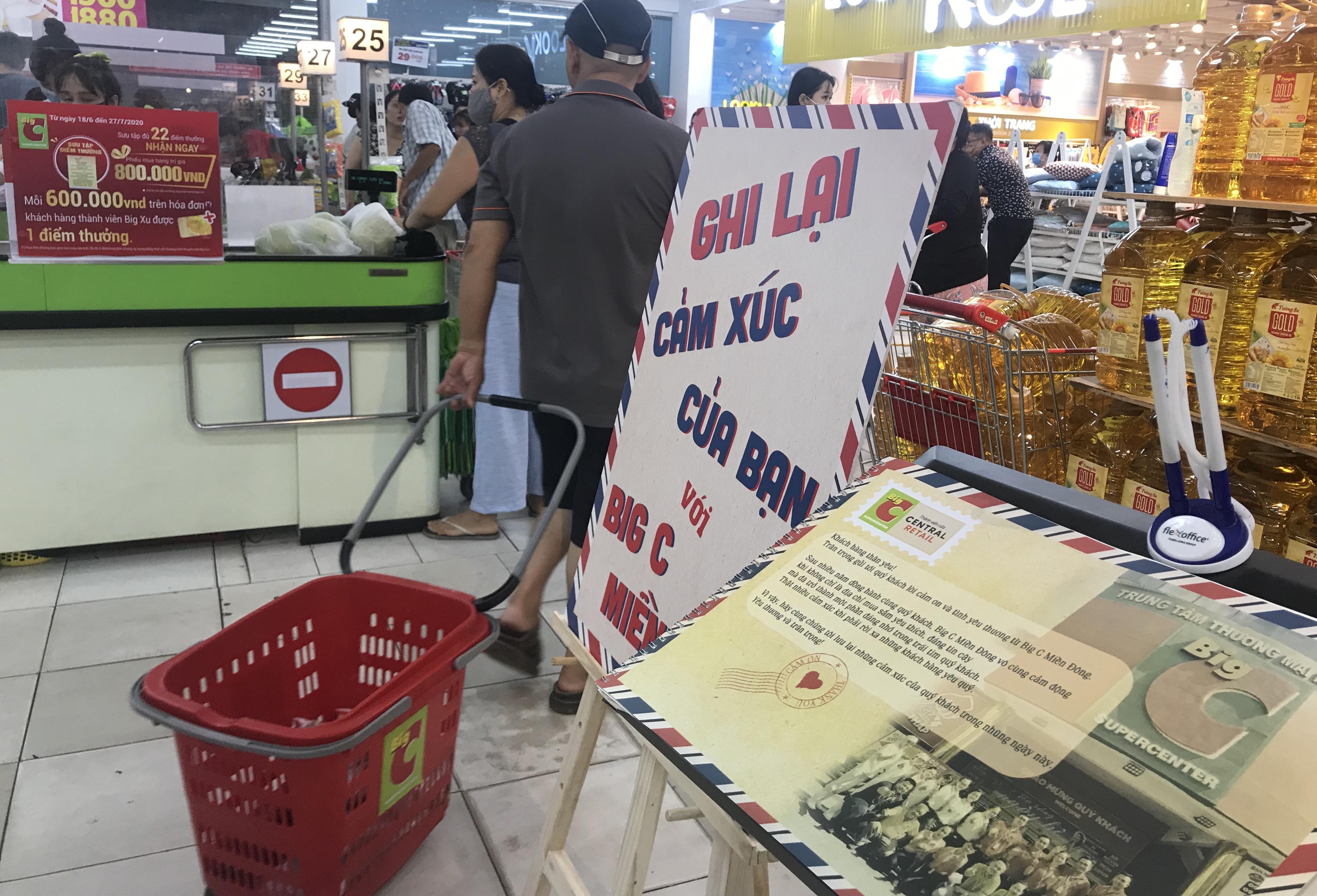 Chưa đóng cửa trả mặt bằng, Big C miền Đông tổ chức mừng sinh nhật 22 tuổi, khách thảnh thơi mua sắm - Ảnh 13.