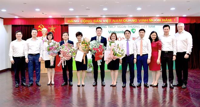 Vietcombank bổ nhiệm loạt nhân sự tại Trụ sở chính - Ảnh 1.