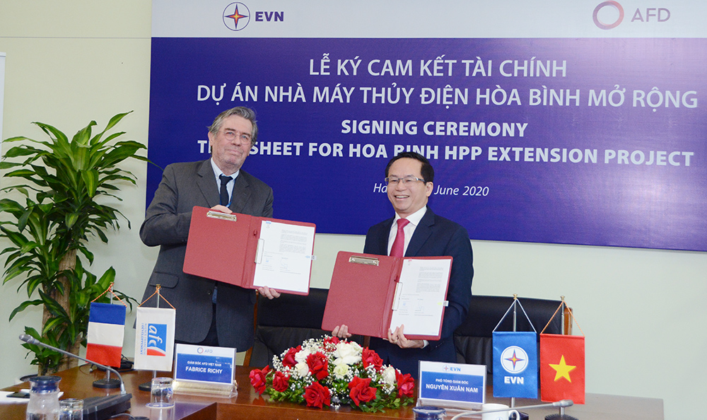 Dự án nhà máy thủy điện Hòa Bình mở rộng được tài trợ 100 triệu EUR - Ảnh 1.