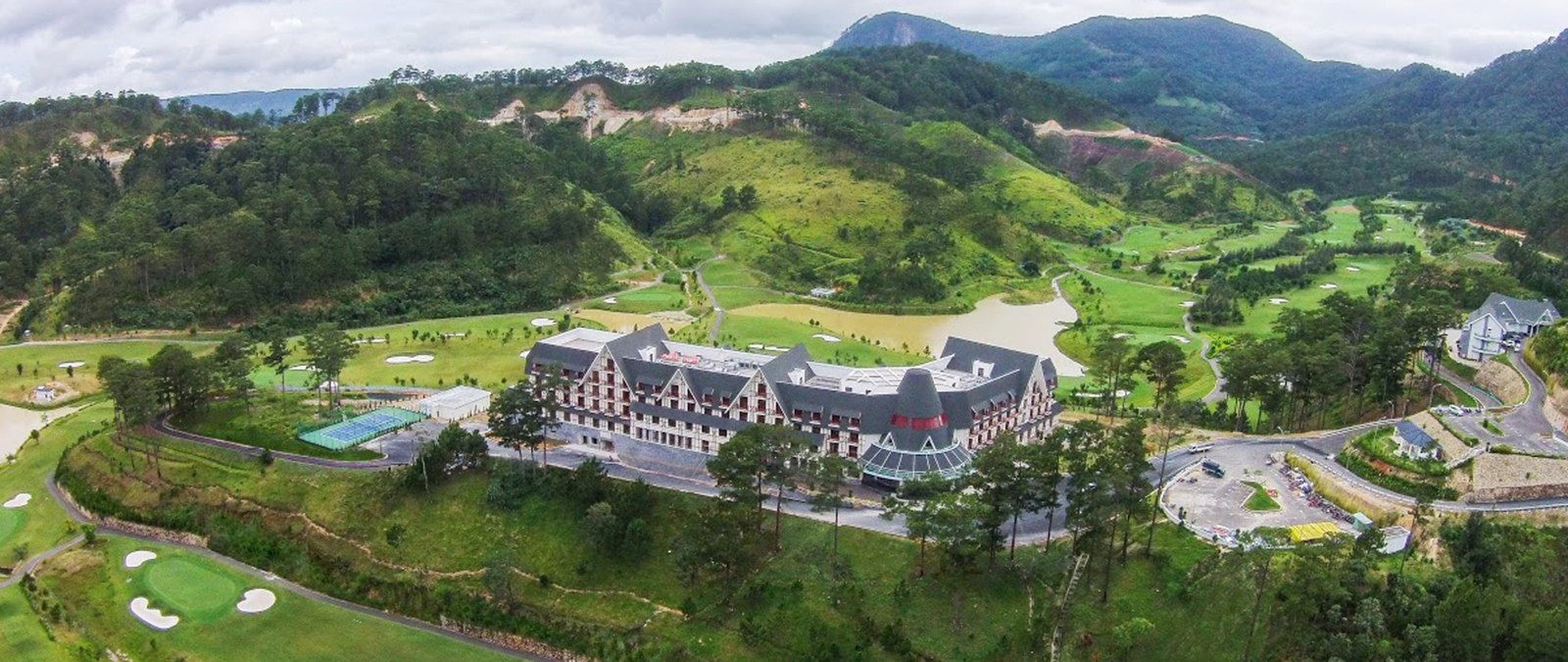 ĐHĐCĐ SAM Holdings: Mục tiêu thâu tóm trọn Capella Quảng Nam, đặt kế hoạch lợi nhuận năm 2020 đi lùi - Ảnh 4.