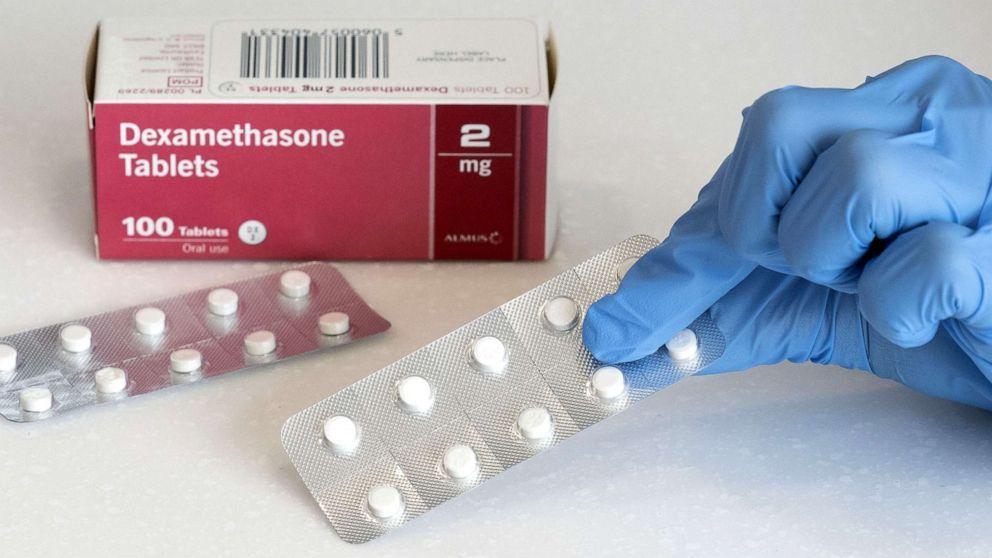 Nhu cầu mua Dexamethasone, thuốc điều trị COVID-19, tăng hơn 600% tại Mỹ - Ảnh 2.