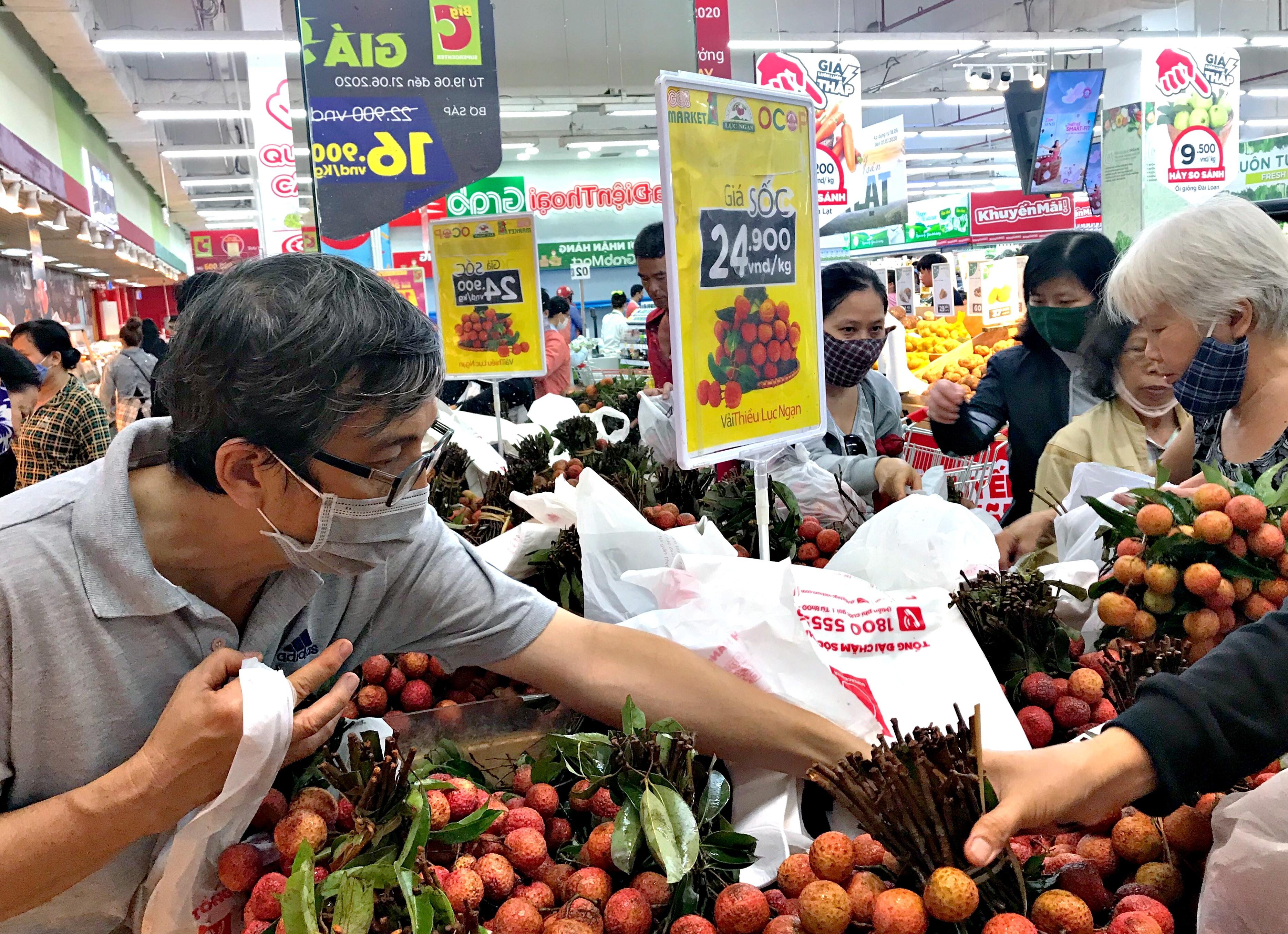 Vải thiều Việt Nam lên kệ 250 siêu thị Nhật Bản, giá đến 500.000 đồng/kg - Ảnh 2.