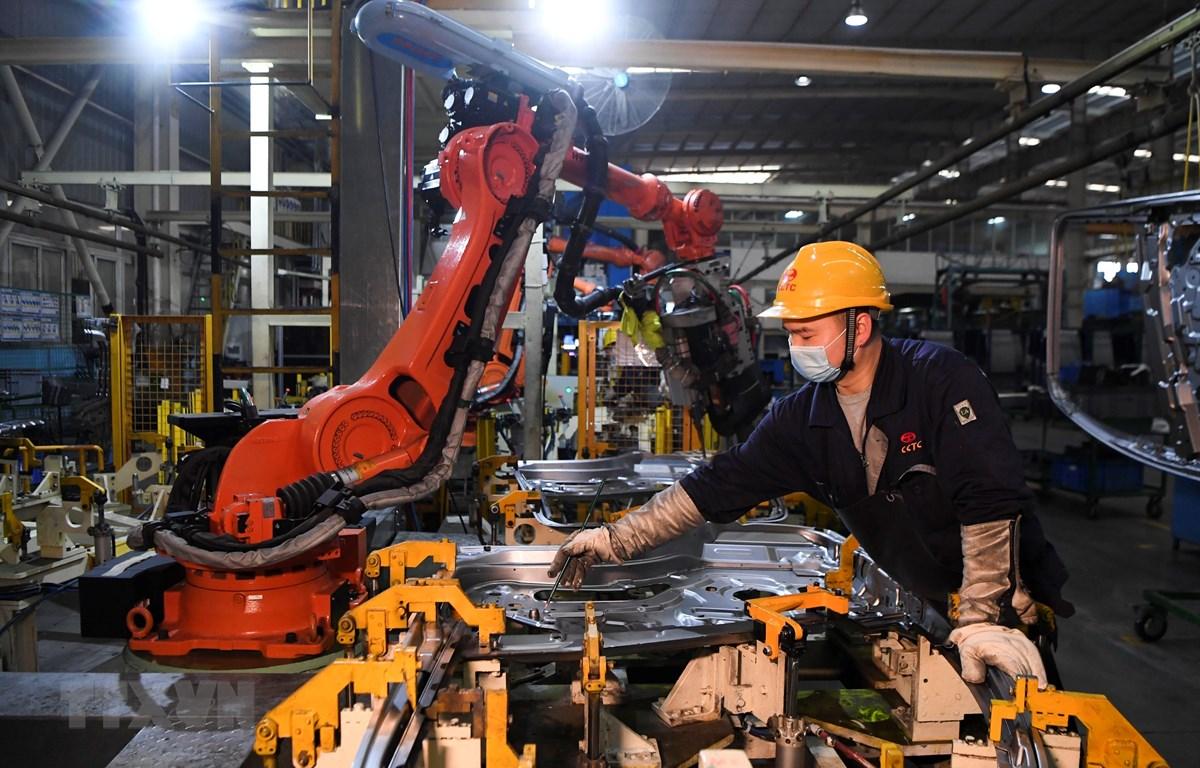 Lợi nhuận các công ty công nghiệp Trung Quốc tăng 6% trong tháng Năm - Ảnh 1.