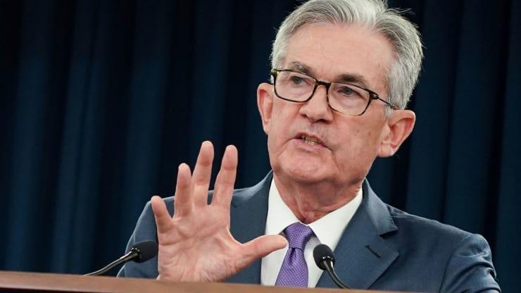 Chủ tịch Fed: Con đường phục hồi kinh tế là 'cực kì bất định' - Ảnh 1.