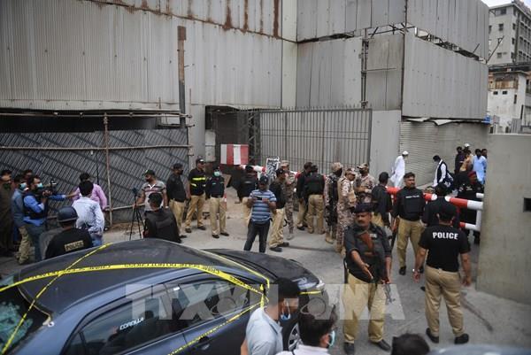 Tấn công Sở giao dịch chứng khoán Pakistan: Pakistan cáo buộc Ấn Độ liên quan - Ảnh 1.