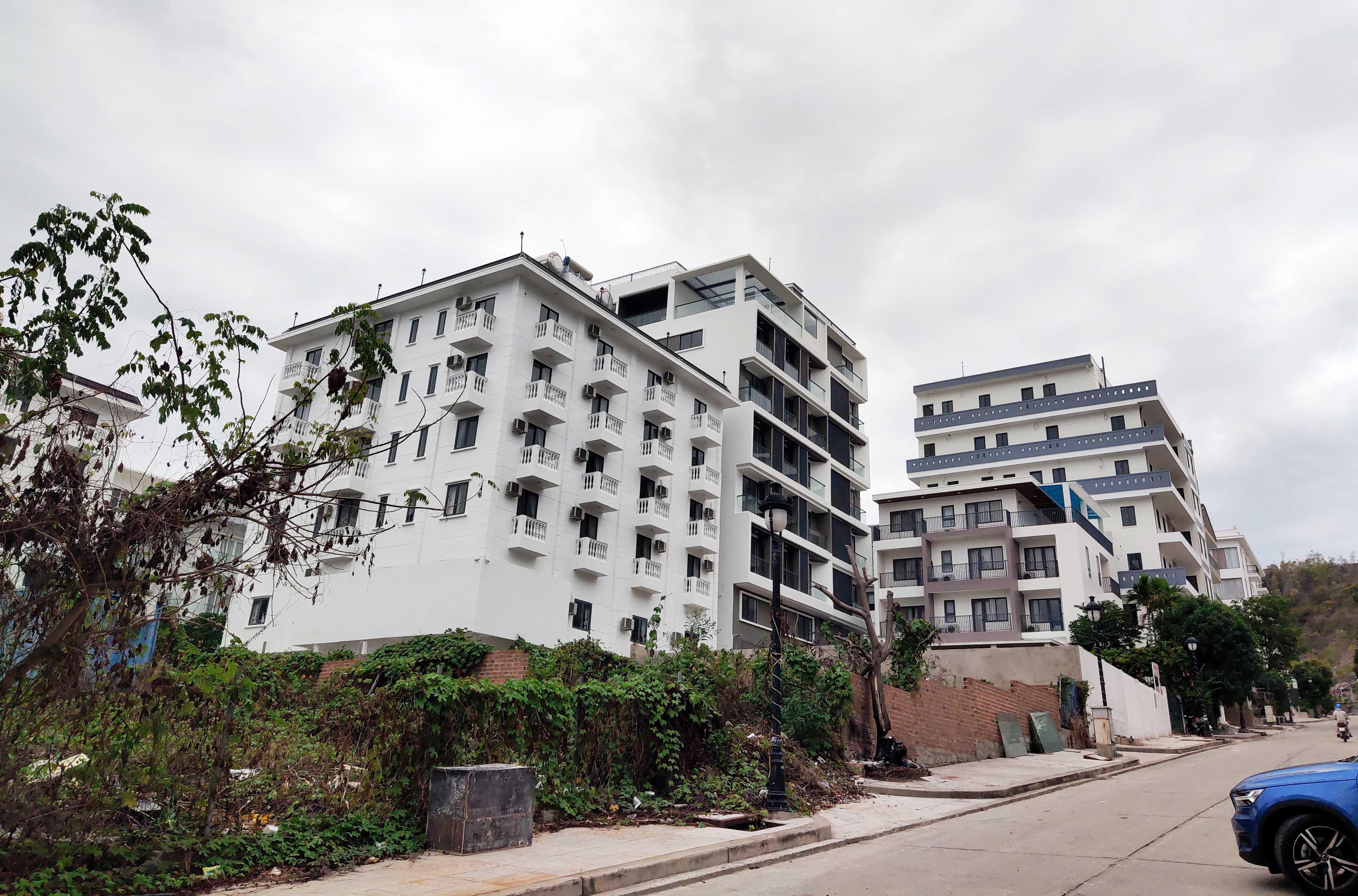 Cận cảnh dự án Ocean View ung dung hoàn thành các căn biệt thự bất chấp lệnh cưỡng chế - Ảnh 2.