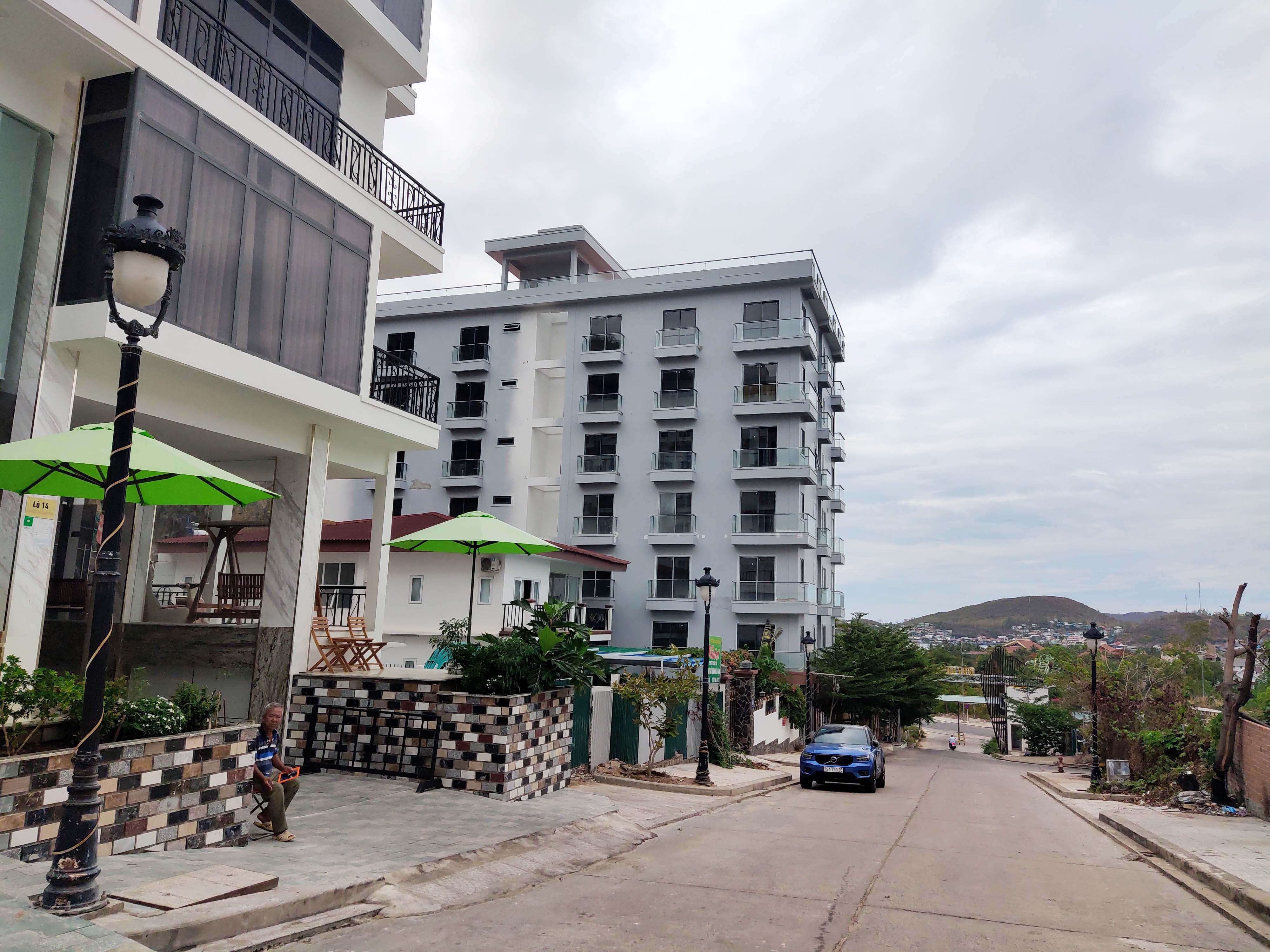 Cận cảnh dự án Ocean View ung dung hoàn thành các căn biệt thự bất chấp lệnh cưỡng chế  - Ảnh 11.