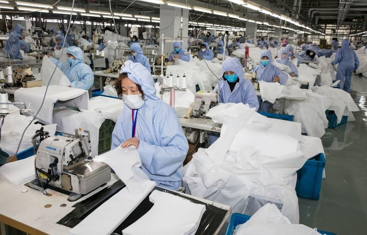 Trung Quốc giảm giá điện, hỗ trợ doanh nghiệp bị tác động bởi COVID-19 - Ảnh 1.