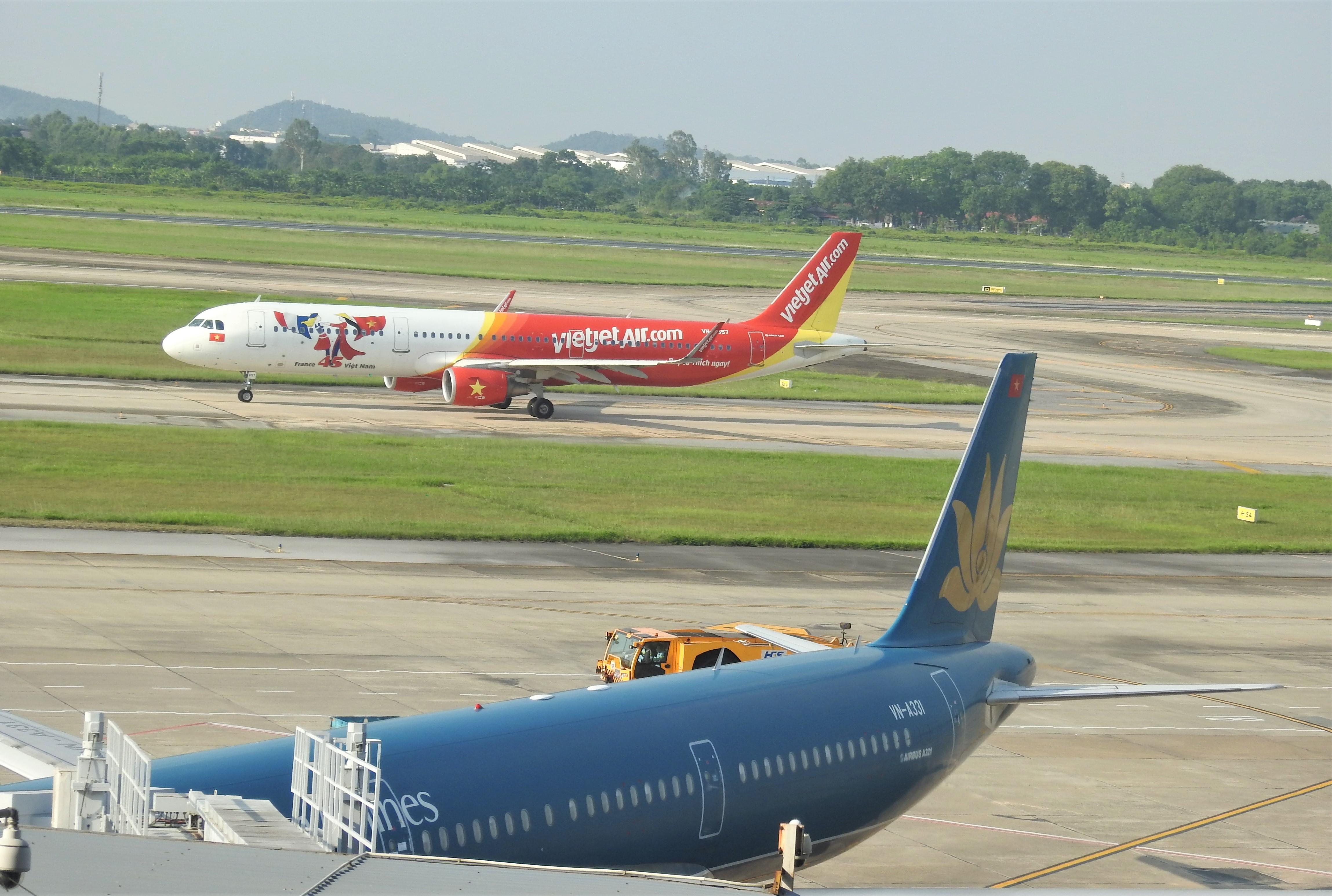 Cục Hàng không chỉ định Vietjet và Vietnam Airlines nối lại 6 đường bay quốc tế từ 15/9 - Ảnh 1.