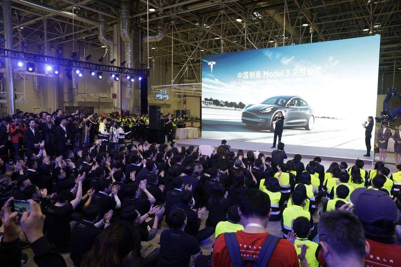 Tesla vừa tìm ra cách để sản xuất ô tô điện tại Trung Quốc với chi phí chỉ 600 USD - Ảnh 2.