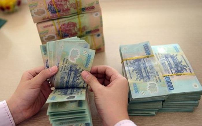 Vietnam Report: 69% ngân hàng đánh giá triển vọng tăng trưởng tín dụng thấp hơn so với năm 2019 - Ảnh 1.