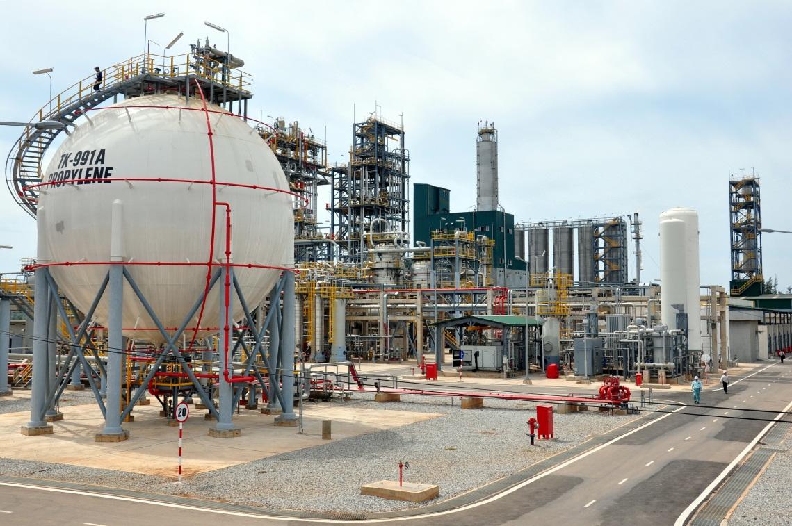 Quảng Ngãi dự kiến hụt thu từ Nhà máy lọc dầu Dung Quất khoảng 2.367 tỉ đồng tiền ngân sách - Ảnh 1.