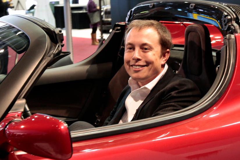 Vượt Toyota, hãng xe điện Tesla trở thành nhà sản xuất ô tô có giá trị vốn hóa lớn nhất thế giới
